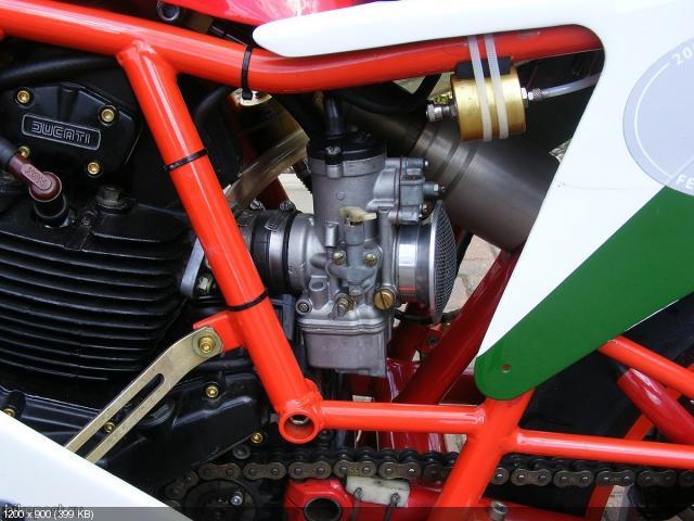 Спортбайк Ducati 750F1 Lucchinelli Replica