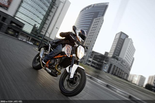 Новый мотоцикл KTM 690 Duke 2012