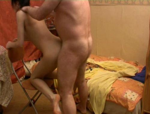 Порно фото инцест отец и дочь
